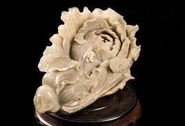精雕白菜(和闐黃玉)藝術品
