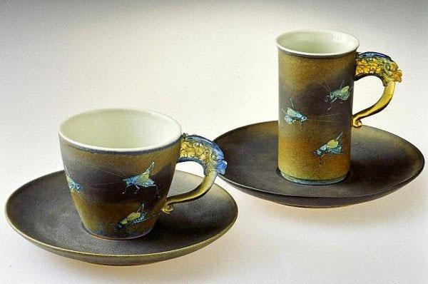 台灣陶瓷藝術家李存仁作品:螽蟖對杯