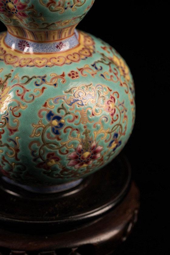 團花粉彩三聯瓶-中國瓷器藝術品-瓶身細節