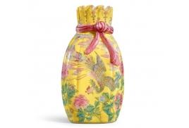 「乾隆包袱瓶」全球僅一件!曹興誠割愛估賺7億