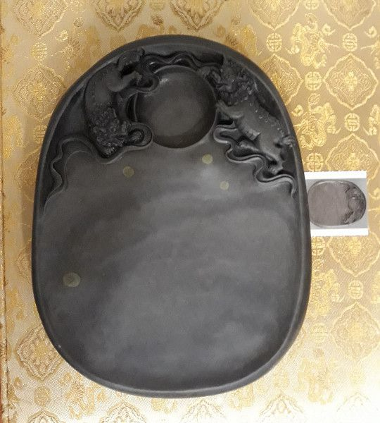 雙獅戲球端硯-正面(藝術品拍賣)